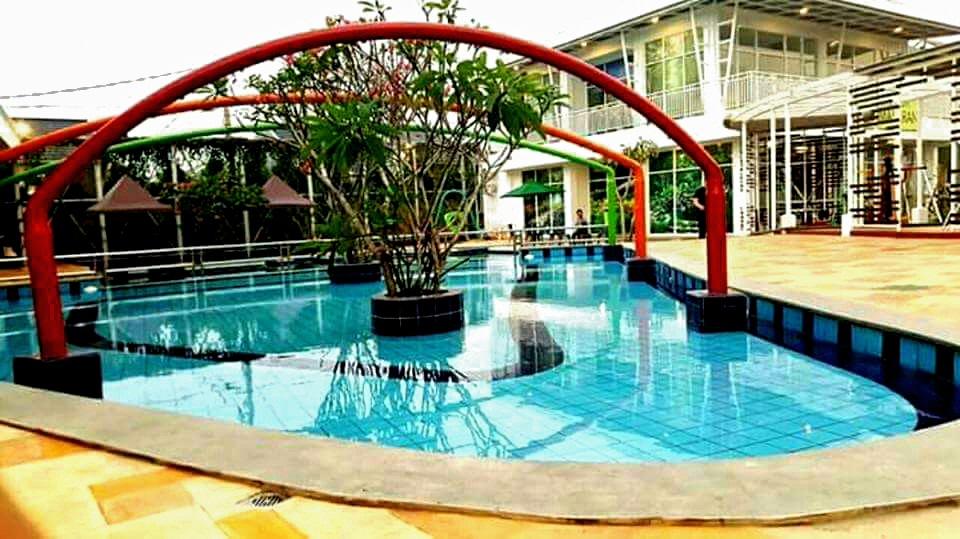 Rumah Tangerang Karawaci dengan sarana Eksklusif di Cluster Binong 1 Residence