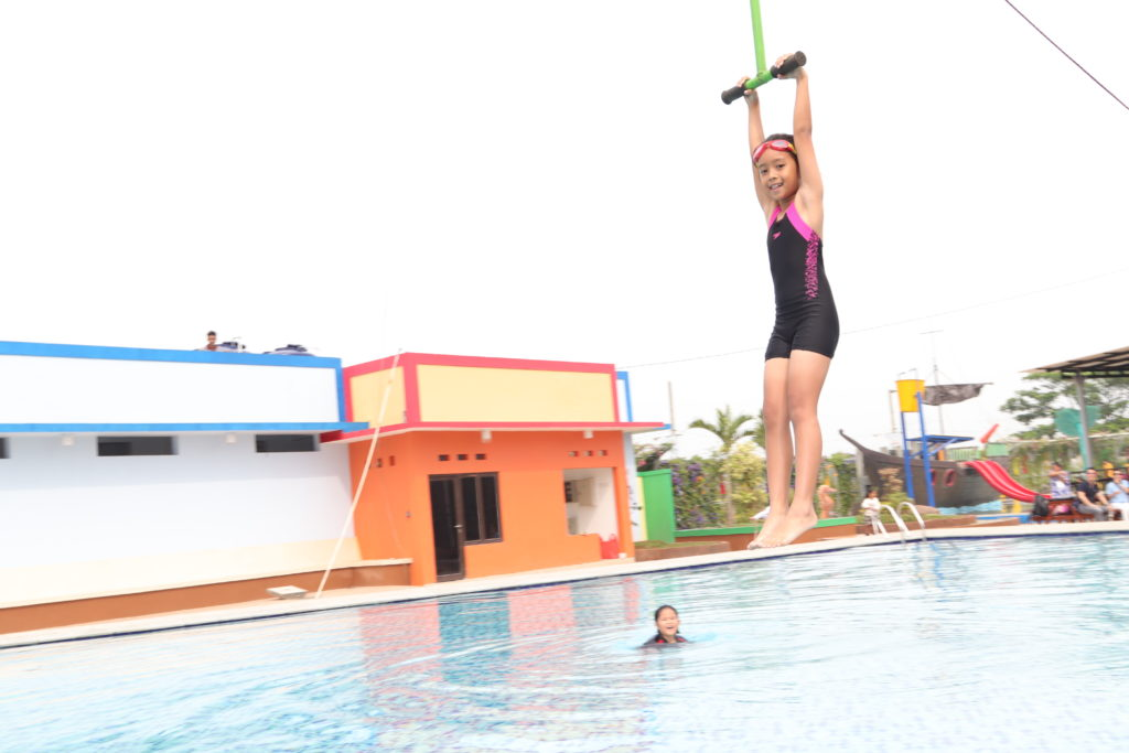 ARYANA AQUAPLAY kolam renang untuk anak2 dan dewasa