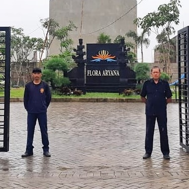 ARYANA KARAWACI One Gate Security System keamanan Cluster 24 jam